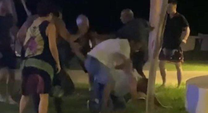 Antalya'da 'niye baktın' kavgası