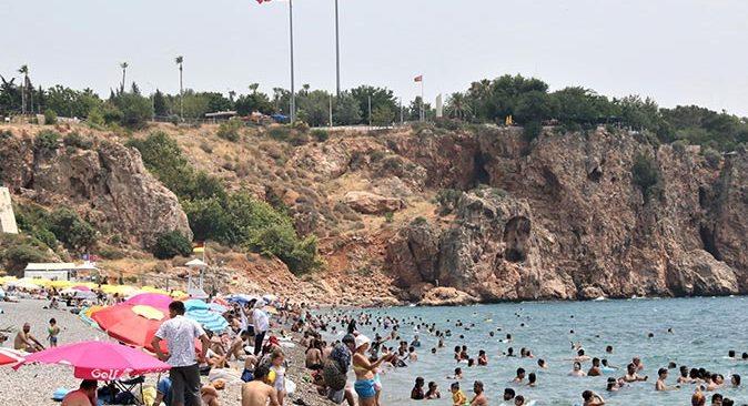 Antalya'da vaka sayıları bir ayda yüzde 100 arttı