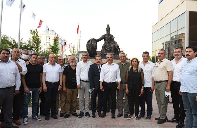 Hacı Bektaş Veli heykeli törenle açıldı