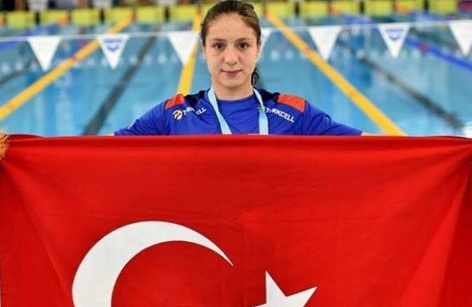 Milli yüzücü Merve Tuncel Avrupa şampiyonu oldu