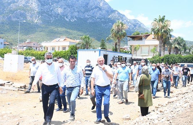 Kemer Arslanbucak Mahallesi kapalı pazar yerinin temeli atıldı