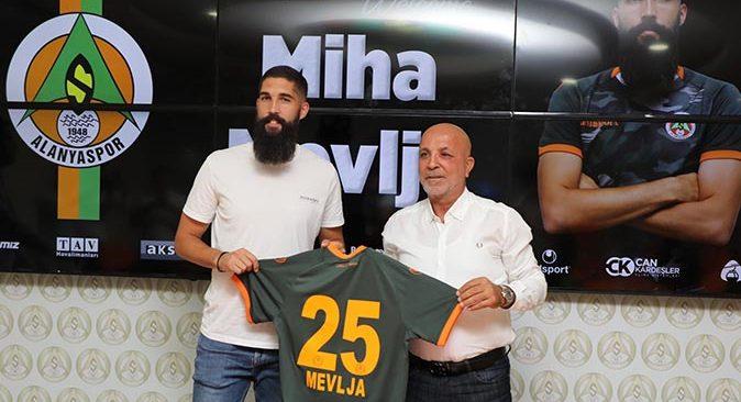 Slovenyalı stoper Miha Mevlja Alanyaspor'da!