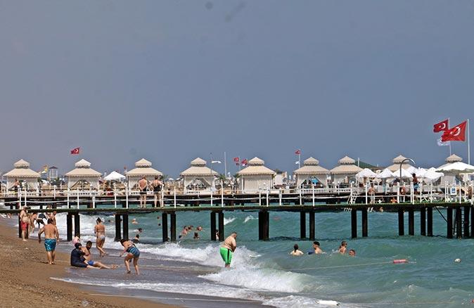Turizmcilerden tatilcilere 'erken davranın' uyarısı