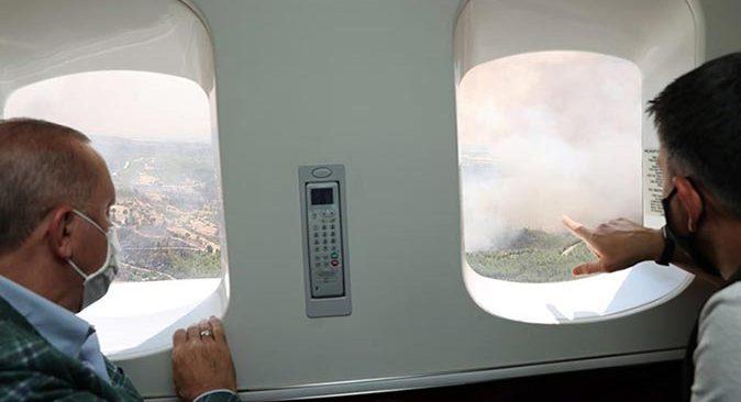 Cumhurbaşkanı Erdoğan Antalya'da yanan bölgeleri helikopterden inceledi