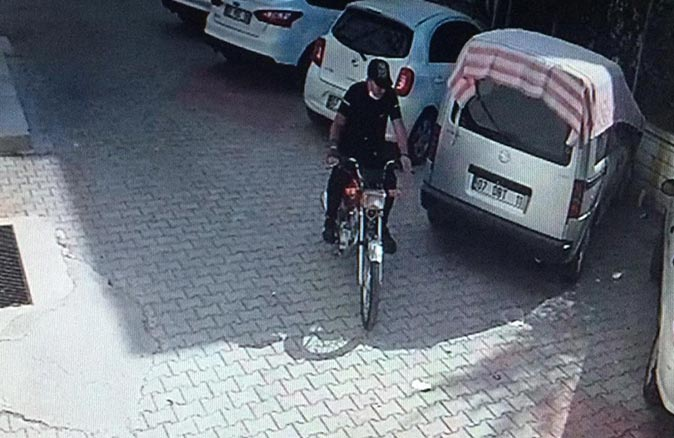 Antalya'da hırsızlık yapmadan önce bakın ne yaptı!