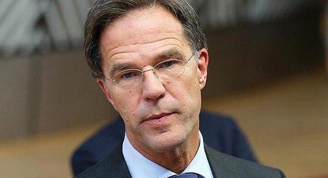 Hollanda Başbakanı Mark Rutte halktan özür diledi