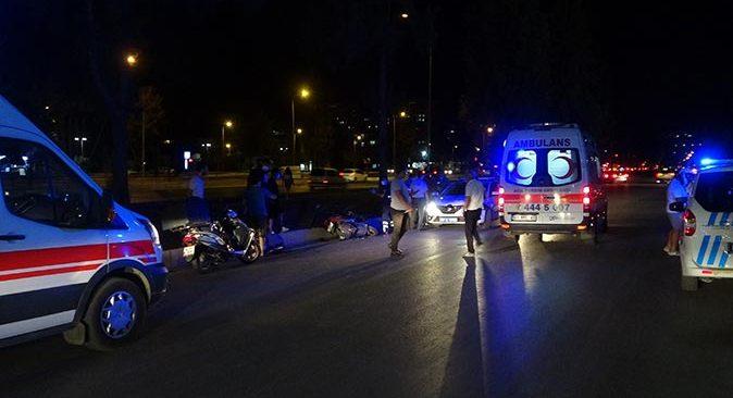 Antalya'da iki motosiklet kafa kafaya çarpıştı