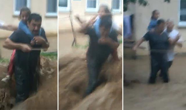 Rize'de şiddetli sağanak yağışa teslim oldu