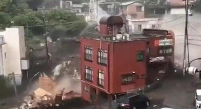 Japonya'da sel felaketi! 20 kişi kayıp