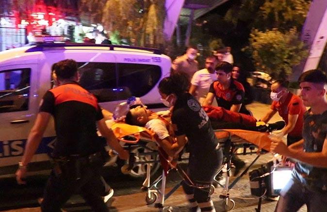 İzmir'de omuz atma kavgası cinayetle bitti