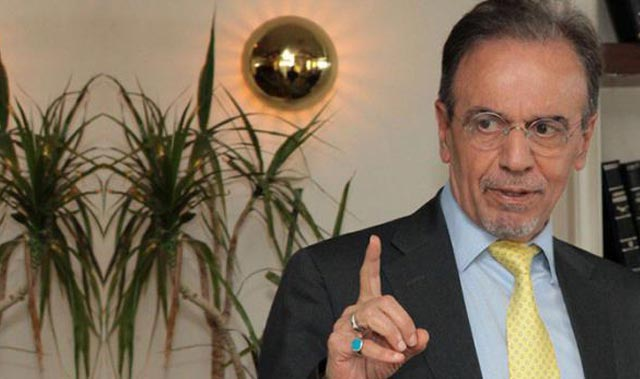 Prof. Dr. Mehmet Ceyhan aşı karşıtlarına ateş püskürdü: Bu salgın böyle bitmez