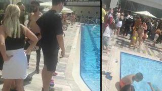 Antalya'da mağdur olan vatandaşlar otelin havuzunu bastı