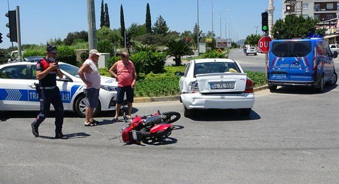 Antalya'da zincirleme kaza! Sürücü Erkan Akpolat ölümden döndü