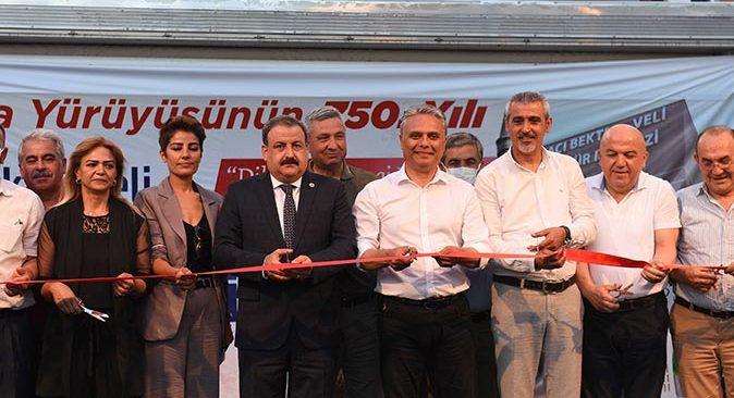 Hacı Bektaş Veli heykelinin açılışı törenle gerçekleştirildi