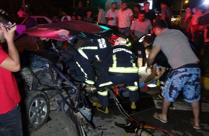 Antalya'da kamyonete arkadan çarptı! Ölümden döndü