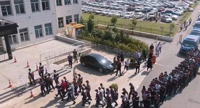 Antalya'da jandarmadan tefecilik operasyonu! 17 kişi tutuklandı