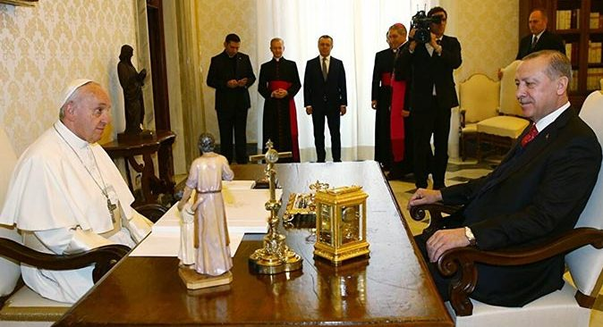 Cumhurbaşkanı Erdoğan'dan Papa'ya geçmiş olsun mesajı