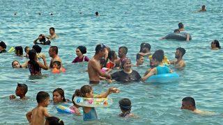 Tatilin son gününde sahil ve piknik alanlarına akın ettiler