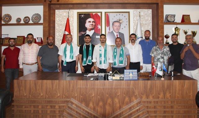 Serik Belediyespor Burak Göksel ve Ferdi Konak ile 2 yıllık sözleşme imzaladı