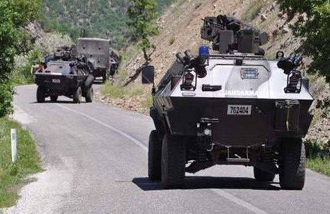 SON DAKİKA... Siirt'te askeri aracın geçişi sırasında patlama!