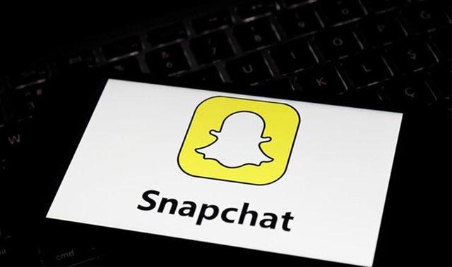 Snapchat'ten dizi adımı!