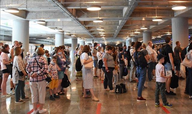 Antalya'da Rus turist bereketi