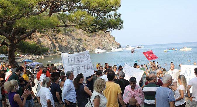 Antalya'da vatandaşlardan Alacasu Koyu eylemi