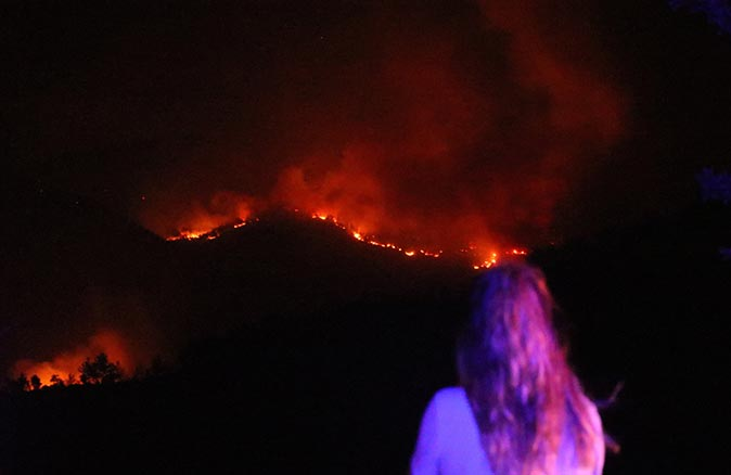 Manavgat'taki yangından acı haber! Erdal Tokla ve Yaşar Cinbaş hayatını kaybetti