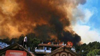 Marmaris alev alev yanıyor! Oteller ve evler boşaltılıyor