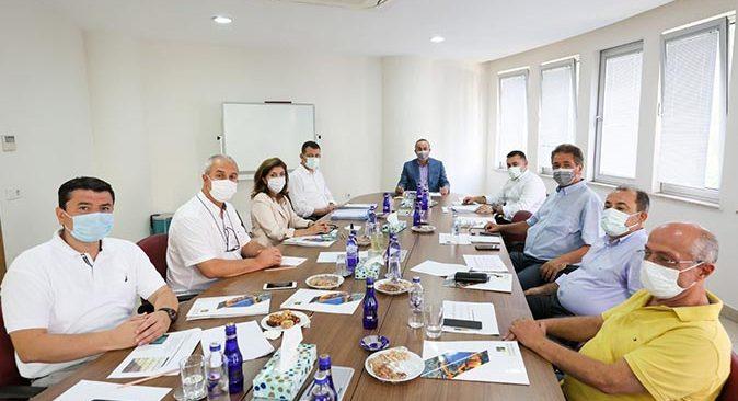 Bakan Mevlüt Çavuşoğlu, HEP Üniversitesi'ni ziyaret etti