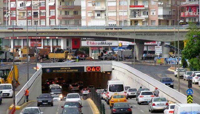 Antalyalılar dikkat! Bu yollar trafiğe kapatılacak..