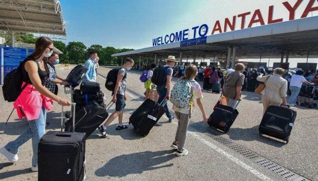 Turist sayısı pandemi öncesinin çok gerisinde kaldı