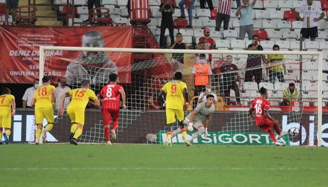 Antalyaspor, avantajını kullanamadı! Göztepe ile berabere kaldı