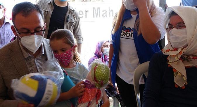 Bakan Mehmet Muharrem Kasapoğlu gençlere sorunlarının çözüleceğine dair söz verdi