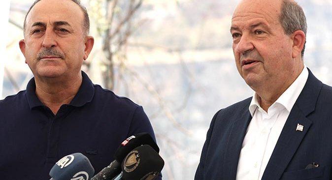 KKTC Cumhurbaşkanı Ersin Tatar Antalya'daki yangın bölgelerinde incelemelerde bulundu