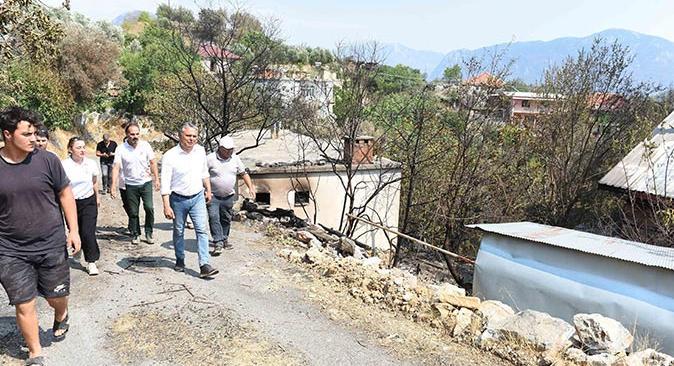 Başkan Ümit Uysal, Gündoğmuş'ta incelemelerde bulundu