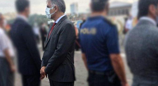 Başkan Ali Narin'in 30 Ağustos Zafer Bayramı Töreni'nde yaptığı hareket tepki çekti