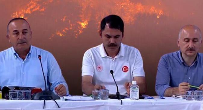 Son dakika... Bakanlar Antalya'daki yangınlar ile ilgili son durumu açıkladı