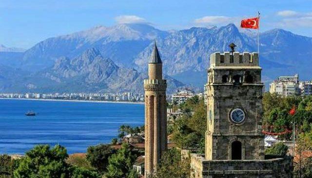 23 Ağustos Pazartesi Antalya'da hava durumu...