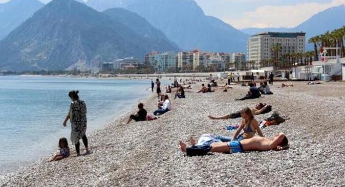 Antalya'da hava az bulutlu ve açık olacak