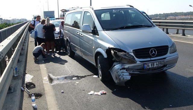 Alanya-Antalya D-400 karayolunda kaza! Tur otobüsüne çarptı