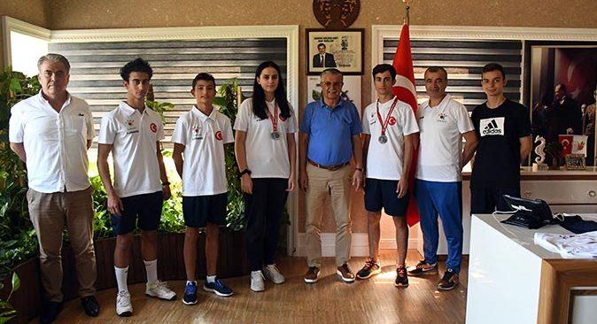 Kemer Akar Spor Kulübü'nden Başkan Necati Topaloğlu'na ziyaret