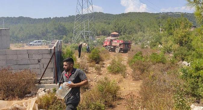 Alanya'daki orman yangını söndürüldü