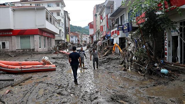 AFAD: Sel nedeniyle Kastamonu ve Sinop'taki can kaybı 31'e yükseldi