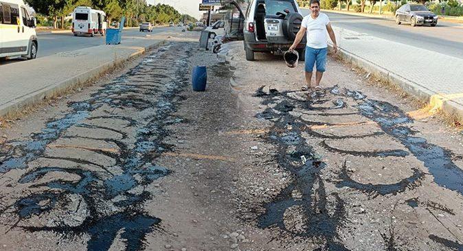 Antalya'da esnafın tozlu yola bulduğu çözüm görenleri şaşırttı