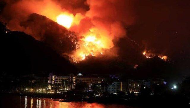 Türkiye 6 gündür alevlerle mücadele ediyor! İşte il il kontrol altına alınan ve devam eden yangınlar