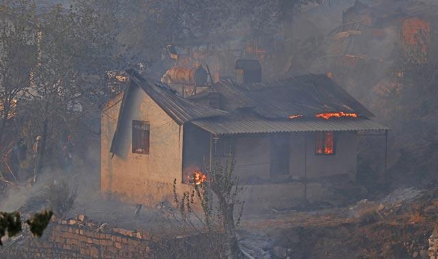 Son Dakika: Bakan Pakdemirli yangınlarla ilgili son durumu açıkladı
