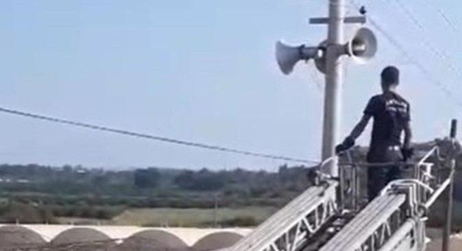 Antalya'da elektrik teline takıldı! Ekipler seferber oldu