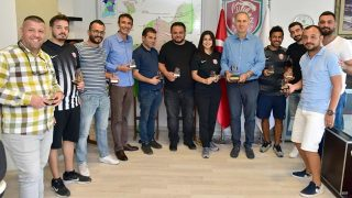 Kepez Belediye Spor Kulübü antrenörleri 35 bin kitap topladı