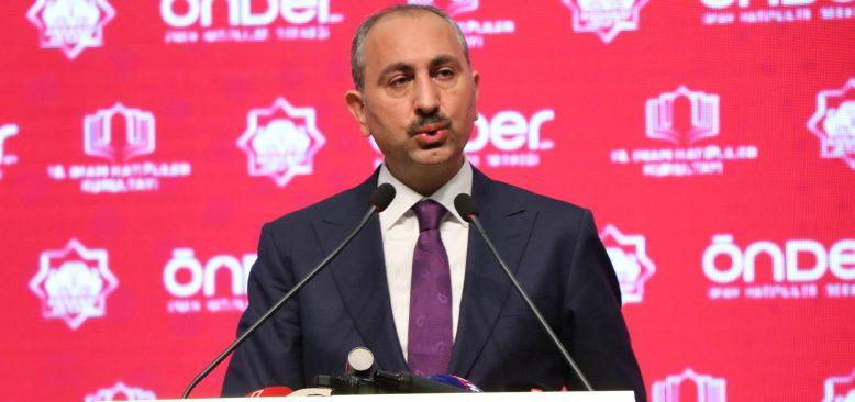 Adalet Bakanı Gül: AK Parti, ifade özgürlüğünü ortadan kaldıracak bir şeye müsaade etmez